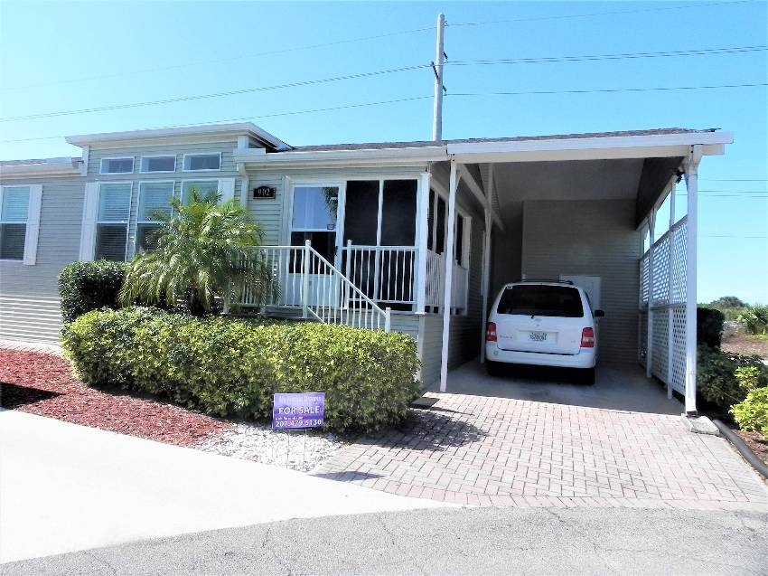 Venice, FL Mobile Home for Sale located at 902 Sand Cay W - Bay Indies