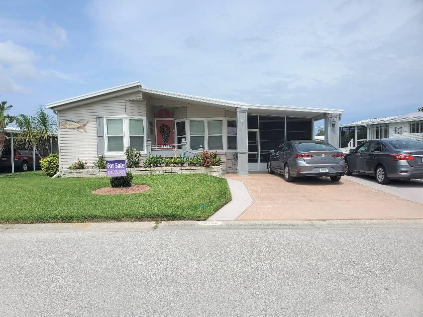 Ellenton, FL Mobile Home for Sale located at 3719 Buena Vista Way S - Colony Cove