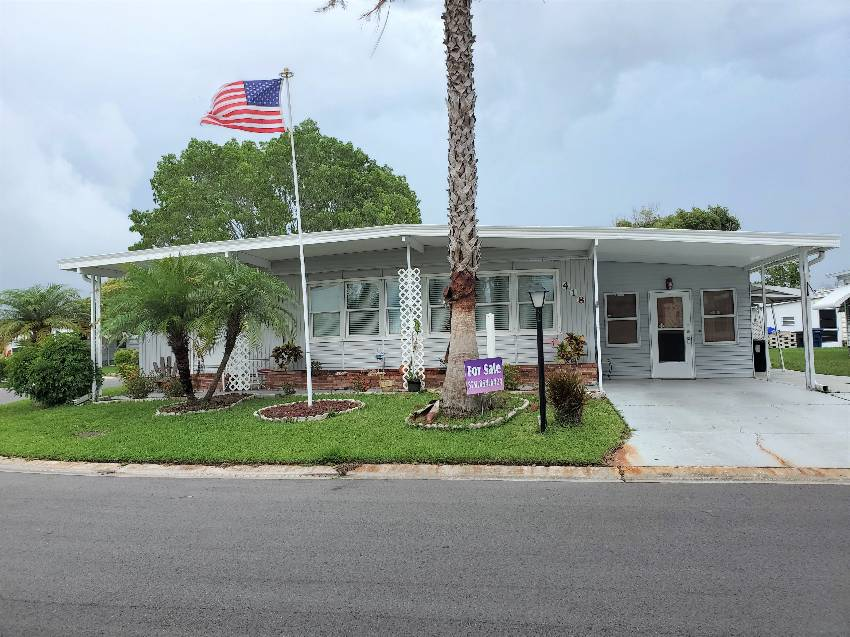 Ellenton, FL Mobile Home for Sale located at 418 Sunset Cir N Colony Cove