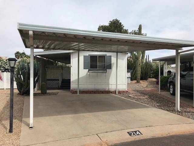 Mobile home for sale in Peoria, FL