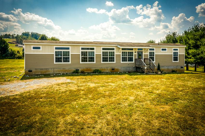 1567 CORBY BRIDGE ROAD a Chuckey, TN Mobile or Manufactured Home for Sale