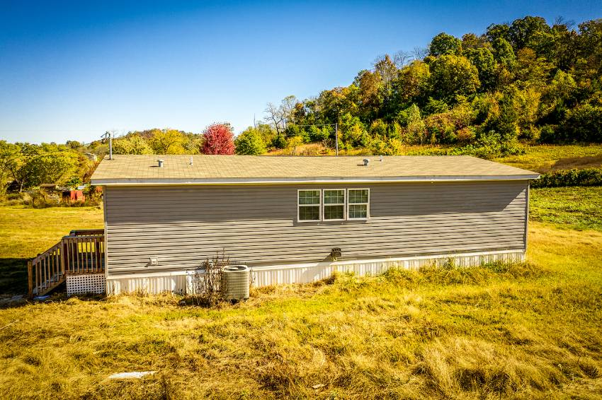 Mobile / Manufactured Home for sale Greeneville, TN 37743. Listed on MHGiant.com