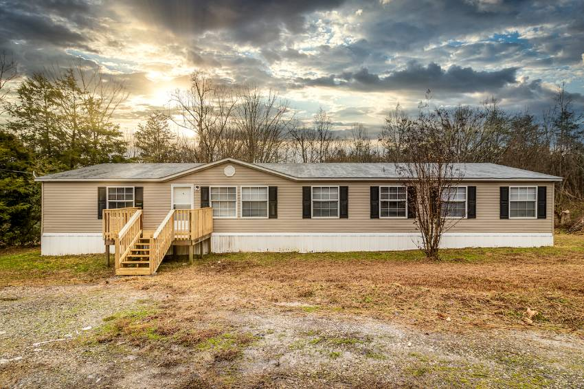 Mobile home for sale in Tellico Plains, FL