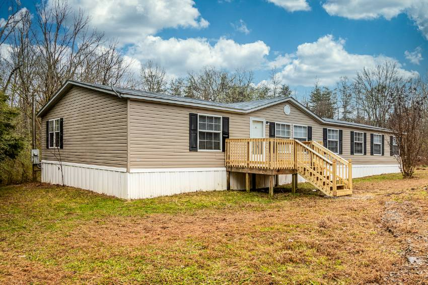 Mobile / Manufactured Home for sale Tellico Plains, TN 37385