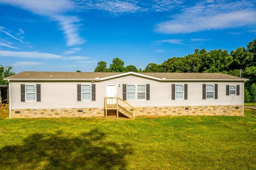 Afton, TN Mobile Home for Sale located at 235 Lee Shelton Lane -