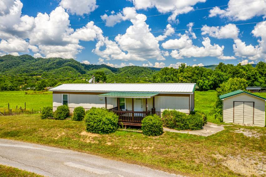 Mooresburg, TN Mobile Home for Sale located at 139 Bean Road -