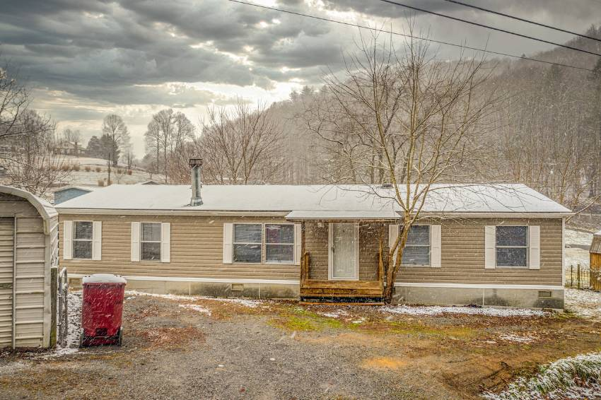 Mobile home for sale in Erwin, FL