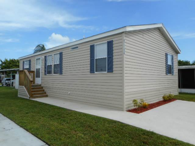 Mobile home for sale in Pinellas Park, FL