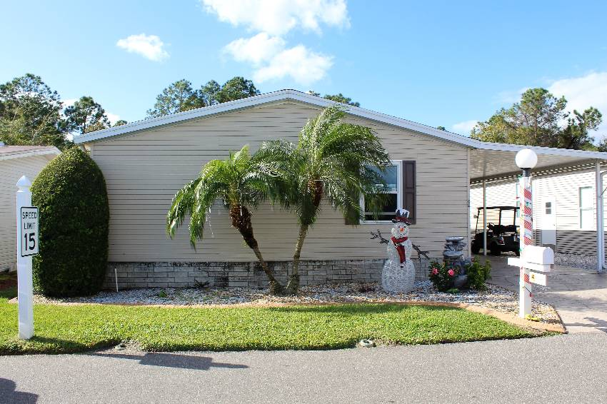 Haines City, FL Mobile Home for Sale located at 42 Sargent St - Lake Region Village