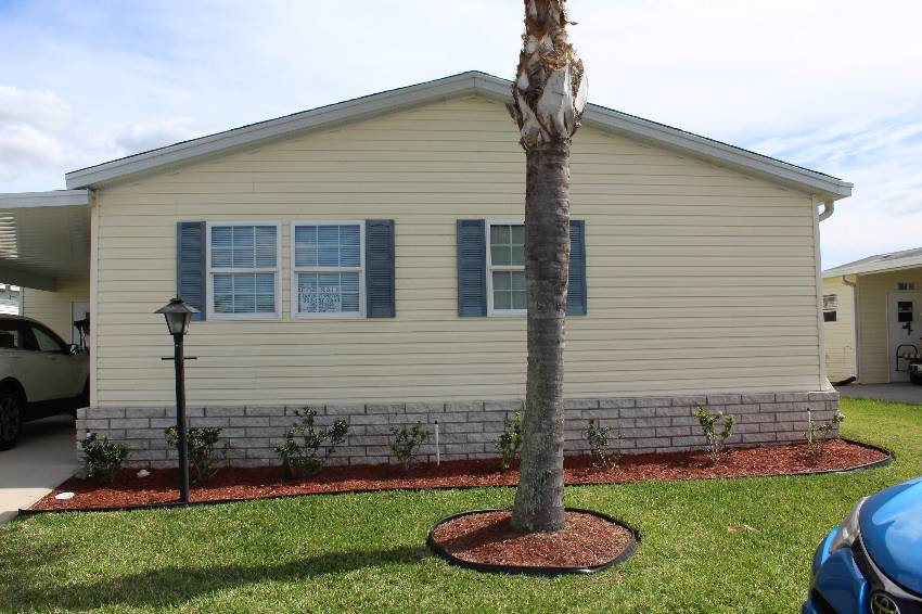 Winter Haven, FL Mobile Home for Sale located at 726 Red Cypress Lane - Cypress Creek Village