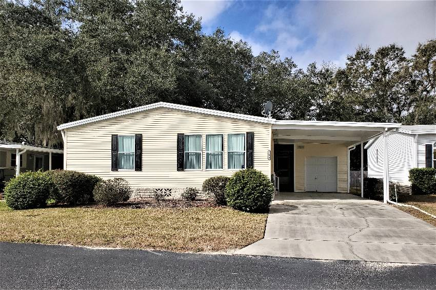 Zephyrhills, FL Mobile Home for Sale located at 3553 Azinger Loop - Southport Springs Golf And Country Club