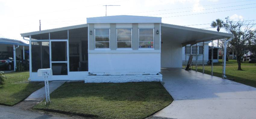 Lakeland, FL Mobile Home for Sale located at 172 Jeff Street - Twin Palms Mobile Home Park