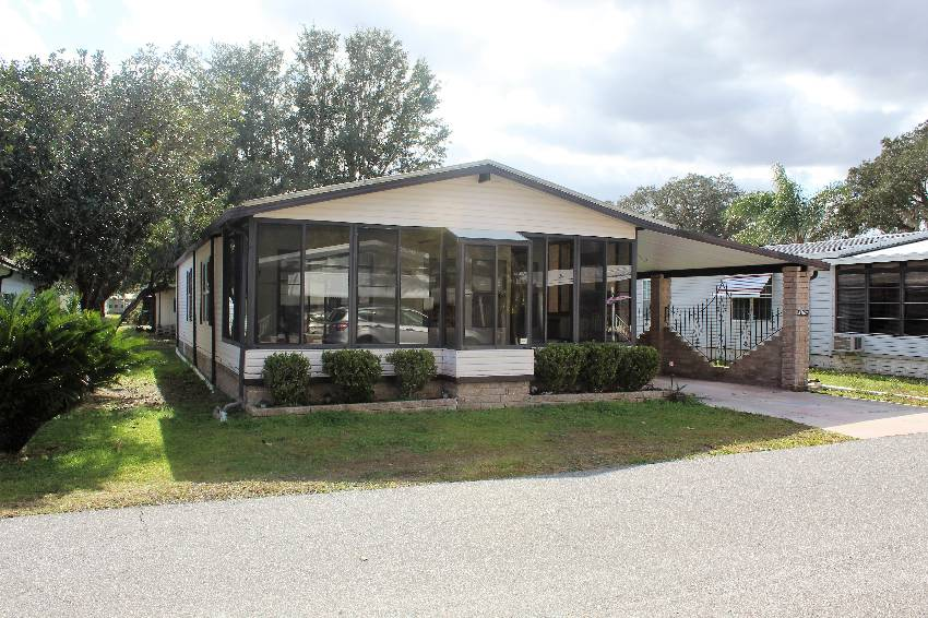 Zephyrhills, FL Mobile Home for Sale located at 37624 Bimini Dr - Tropical Acre Estates
