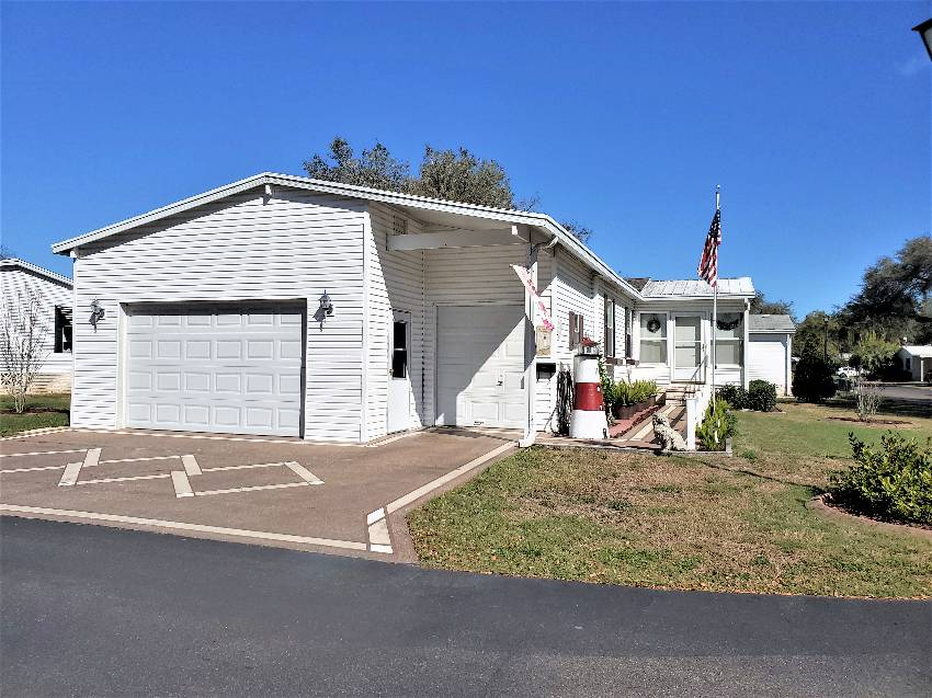 Zephyrhills, FL Mobile Home for Sale located at 3715 Bubba Dr - Southport Springs Golf And Country Club