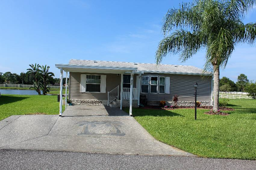 Winter Haven, FL Mobile Home for Sale located at 357 Midnight Cypress Dr - Cypress Creek Village