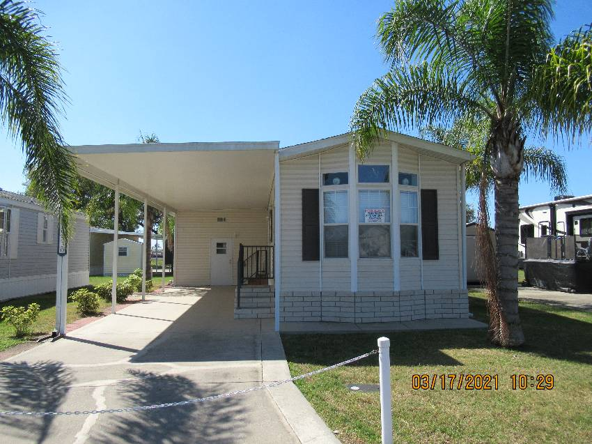 Zephyrhills, FL Mobile Home for Sale located at 39530 Valderrama Lane - Majestic Oaks Rv Resort