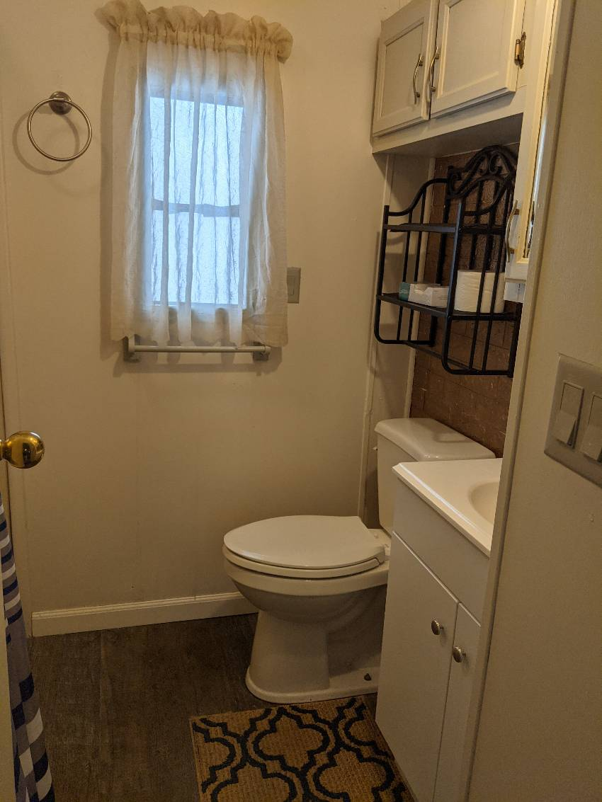 St Petersburg, FL Mobile Home for Sale located at 3390 ...