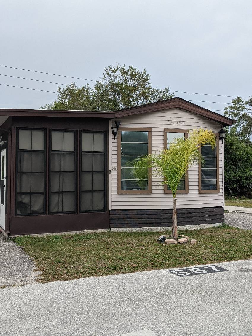 St Petersburg, FL Mobile Home for Sale located at 3390 Gandy Blvd N Lot#567 - Roberts Mobile Home And Rv Park