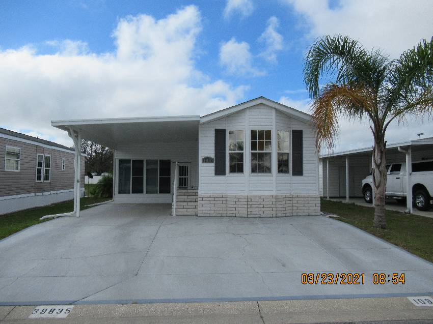 Zephyrhills, FL Mobile Home for Sale located at 39835 Cog Hill Loop - Majestic Oaks Rv Resort