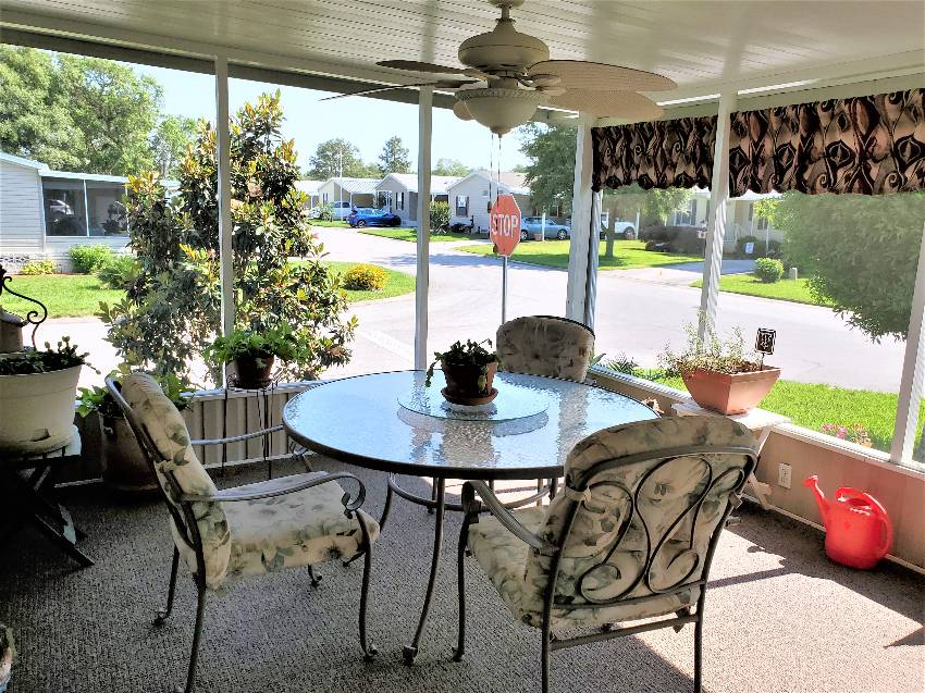 10780 S Sterlingshire Terrace a Homosassa, FL Mobile or Manufactured Home for Sale