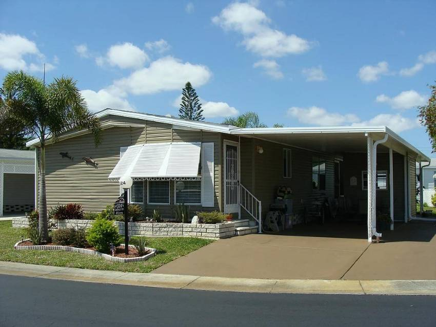 Mobile home for sale in N. Ft Myers, FL