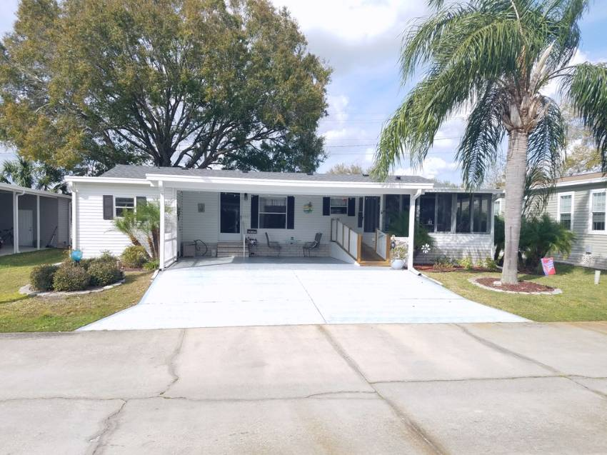 Lakeland, FL Mobile Home for Sale located at 1669 Poppy Circle - Ariana Village