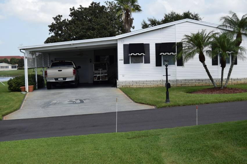 Winter Haven, FL Mobile Home for Sale located at 2445 Crooked Stick Dr - Four Lakes Golf Club