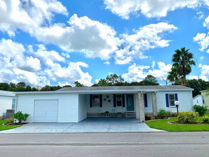 Lakeland, FL Mobile Home for Sale located at 1369 Champion Dr - Schalamar Creek Golf & Country Club