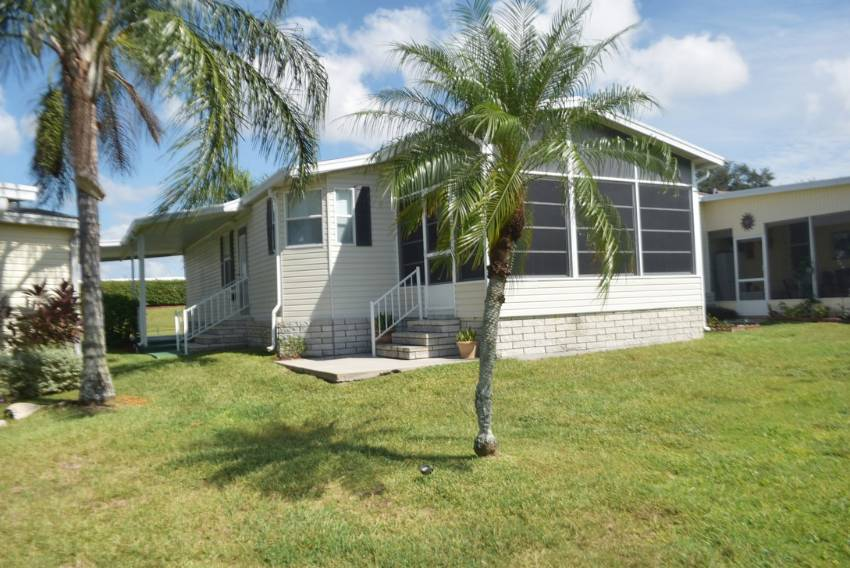 Winter Haven, FL Mobile Home for Sale located at 805 Sunningdale Ct - Four Lakes Golf Club