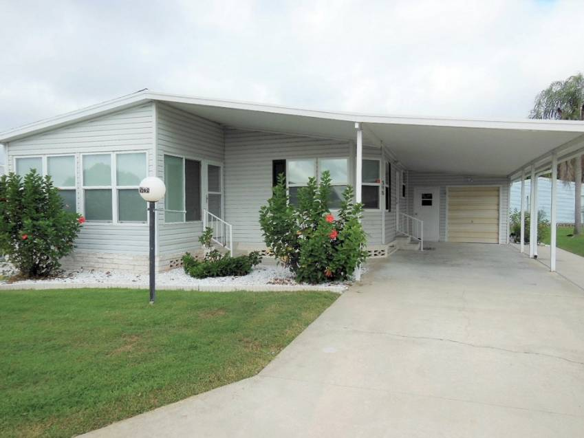 Lakeland, FL Mobile Home for Sale located at 4628 Cedarbrook Way - Schalamar Creek Golf & Country Club