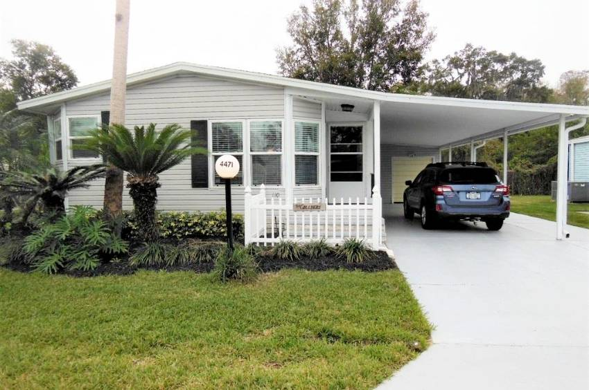 Lakeland, FL Mobile Home for Sale located at 4471 Arlington Park Dr - Schalamar Creek Golf & Country Club
