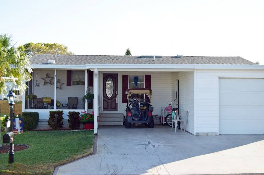 Winter Haven, FL Mobile Home for Sale located at 2410 Crooked Stick Dr - Four Lakes Golf Club