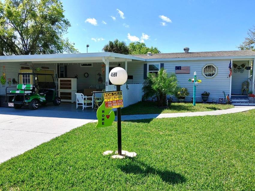 Lakeland, FL Mobile Home for Sale located at 4591 Avalon Cove - Schalamar Creek Golf & Country Club
