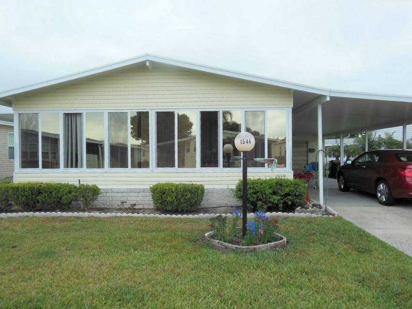 Lakeland, FL Mobile Home for Sale located at 1544 Schalamar Creek Dr - Schalamar Creek Golf & Country Club