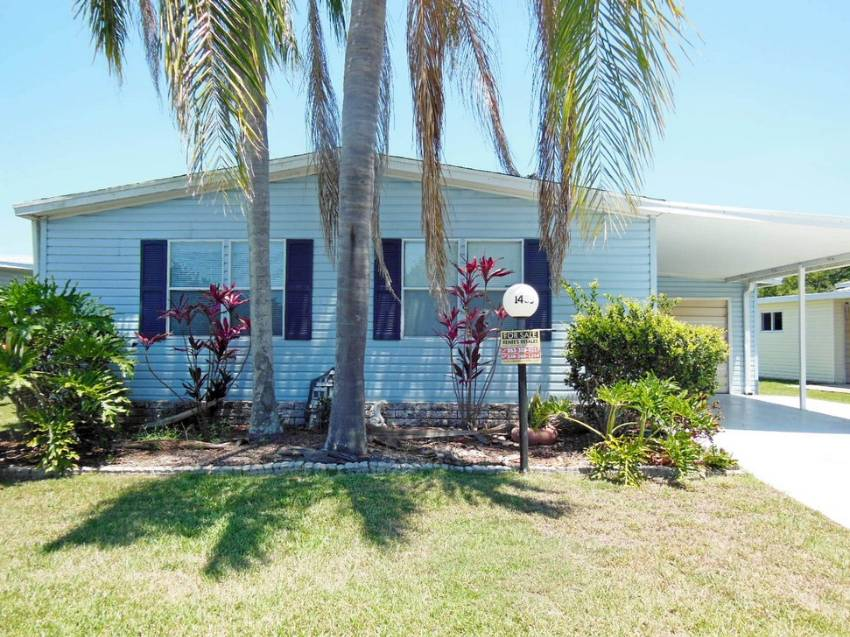Lakeland, FL Mobile Home for Sale located at 1435 Crooked Creek Trail - Schalamar Creek Golf & Country Club