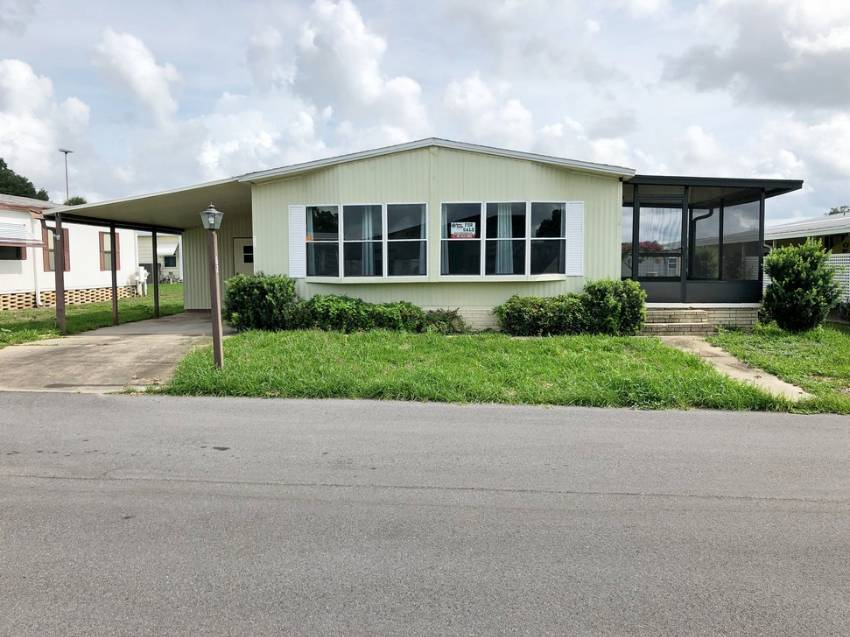 Winter Haven, FL Mobile Home for Sale located at 62 Bern Dr Swiss Village