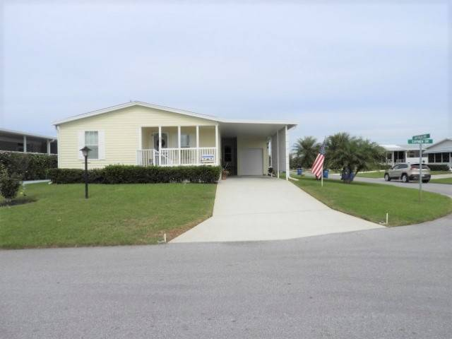 Mobile home for sale in Lake Wales, FL